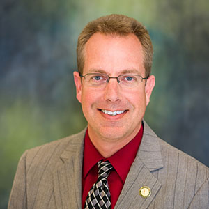 Headshot photo of Dr. Douglas Wymer